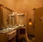 Salle de bain privative bien équipée l riad medina marrakech
